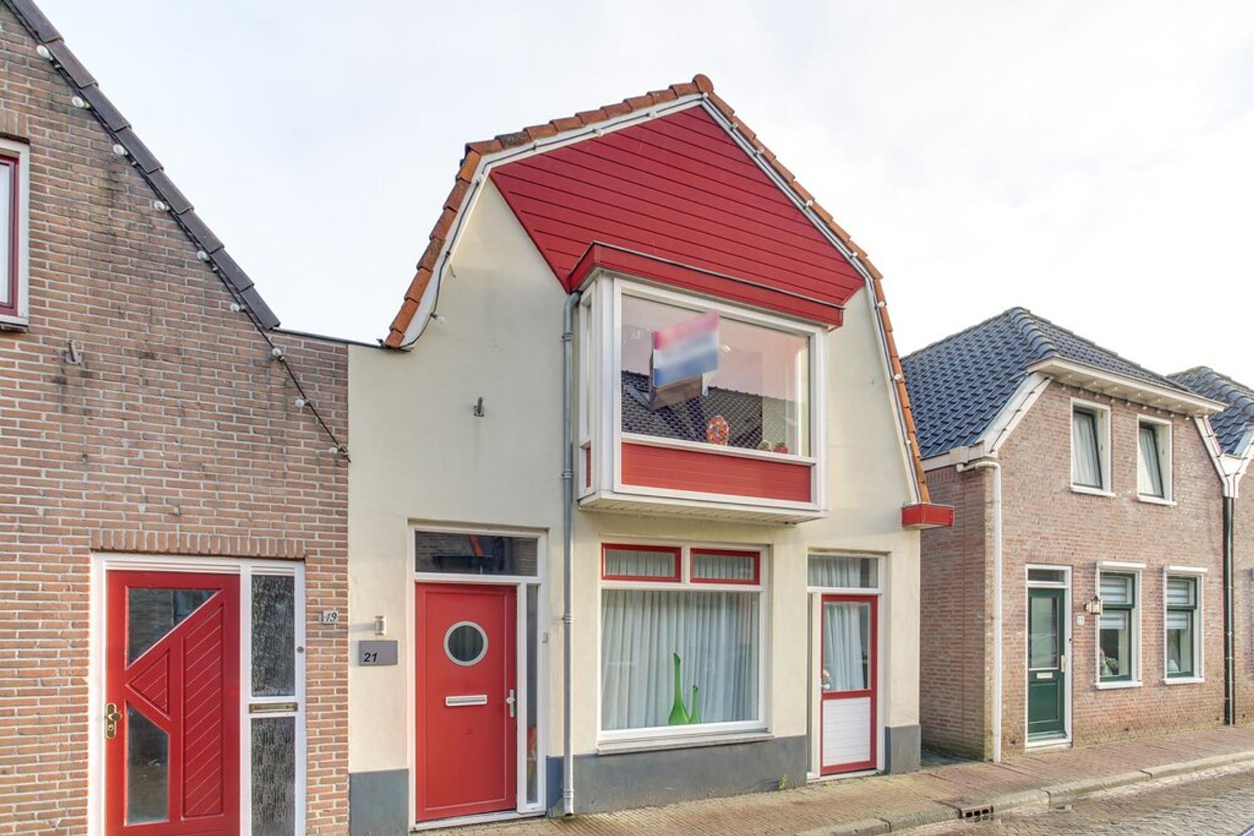 Kloosterweg 21 in Sint Jansklooster 8326 CB