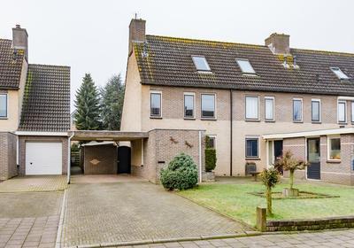 Wethouder Zandbergenlaan 105 in Barneveld 3771 KT