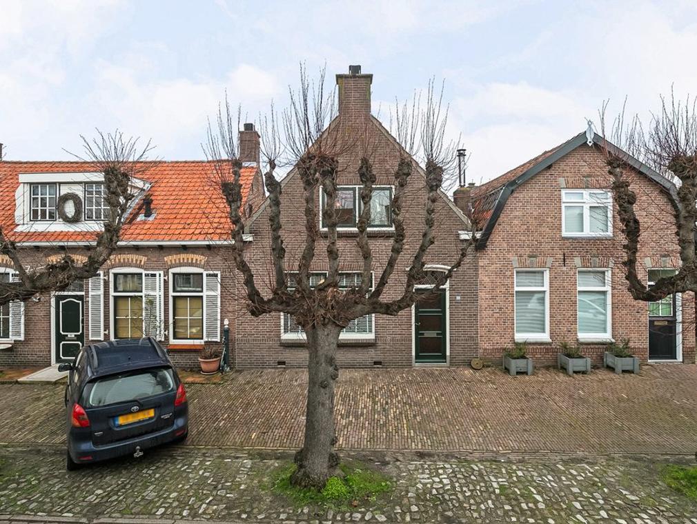 Dorpsstraat 44 in Wemeldinge 4424 CZ