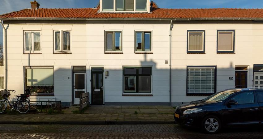 Willemstraat 52 in Alphen Aan Den Rijn 2405 EK