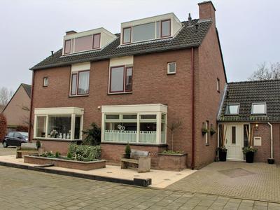 Oudoverstede 4 in 'S-Hertogenbosch 5235 HS
