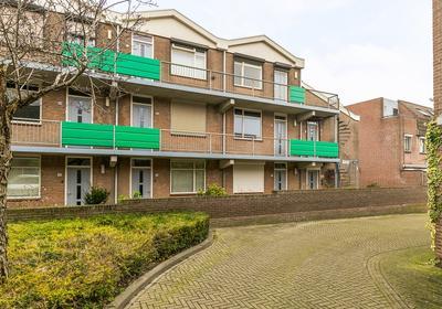 Hooghuisstraat 66 in Bergen Op Zoom 4611 JT