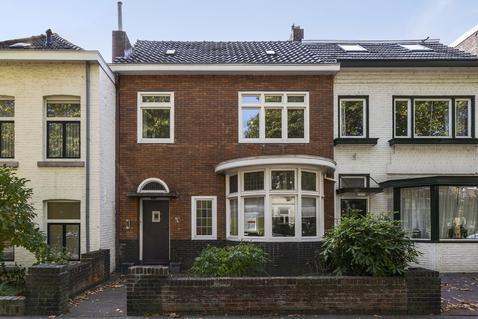 Kapellerlaan 134 in Roermond 6045 AJ