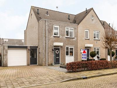 Prins Clausstraat 6 in Andelst 6673 XM