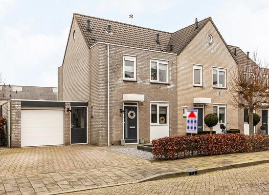 Prins Clausstraat 6 in Andelst 6673 XM