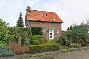 Drossaertstraat 5 in Oud Gastel 4751 RE