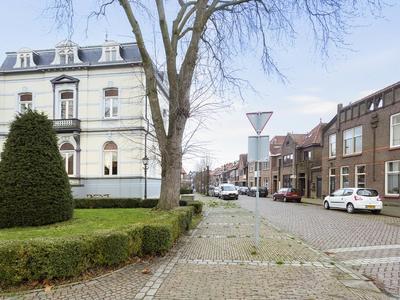 Burgemeester Vogelstraat 6 in Zevenbergen 4761 AA