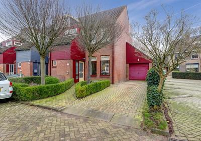 Talingpad 38 in Werkendam 4251 VL