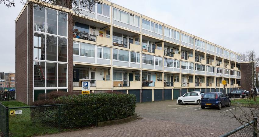 Karel Doormanlaan 410 in Hilversum 1215 NZ