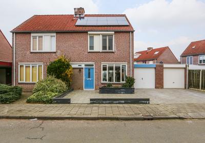 Mahoniestraat 4 in Venlo 5925 HC