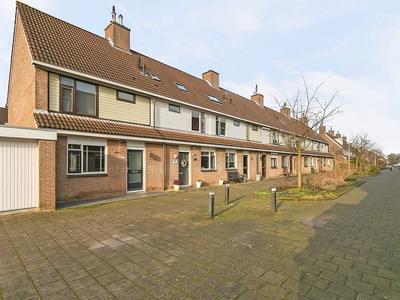 Mandenvlechter 119 in Alphen Aan Den Rijn 2401 JM