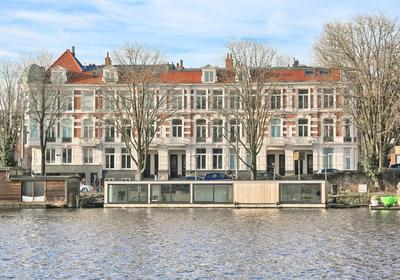 Amsteldijk 701 in Amsterdam 1074 JH