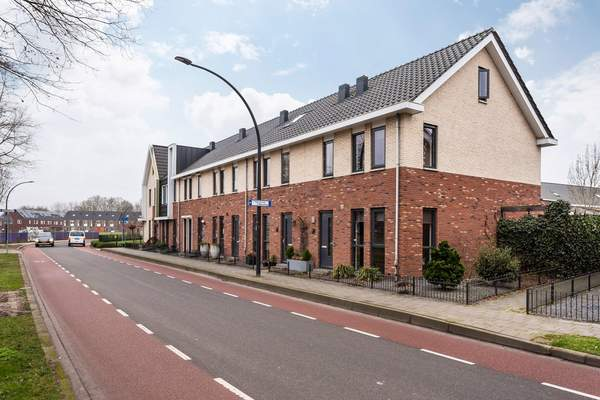 Karel Appelstraat 12 in Hengelo 7556 JH