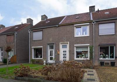 Eloystraat 27 in Geleen 6166 XM