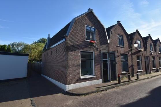 Halve Maan 17 in Schoonhoven 2871 AG