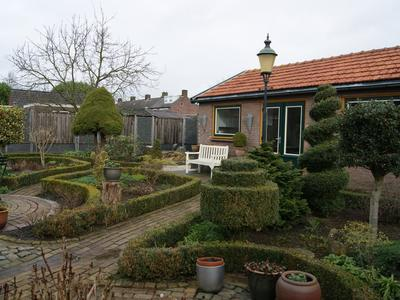 Julianalaan 81 in Raamsdonksveer 4941 JC