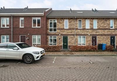 Brink Van Floris 8 in Pijnacker 2641 BT