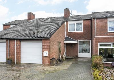 Burg. Starmansstraat 2 in Nuth 6361 BE