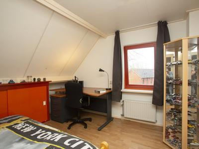 De Hooyer 12 in Wekerom 6733 EM