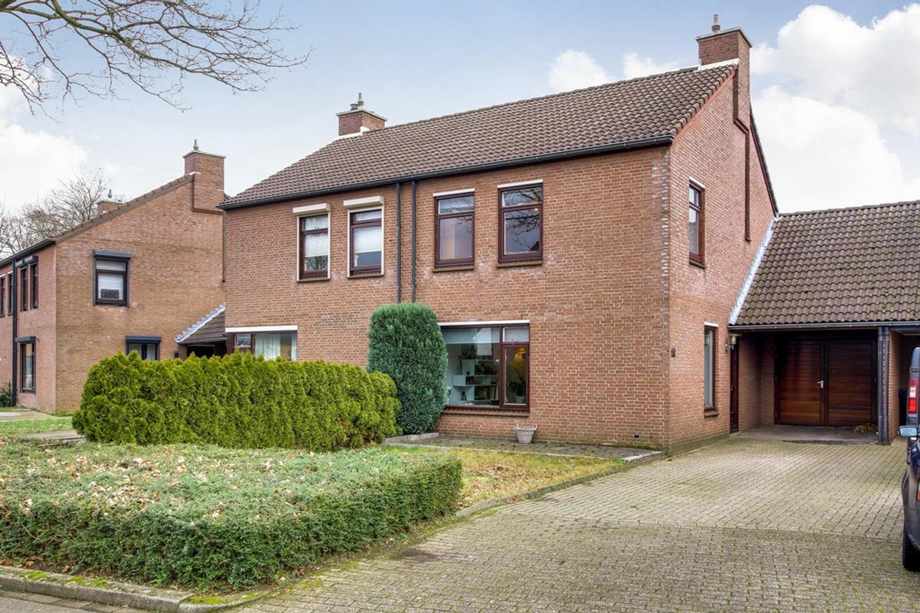 Hoosveld 10 in Herkenbosch 6075 DA