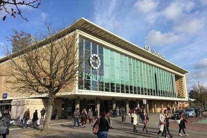 Stationsplein 23 -11 in Eindhoven 5611 AC