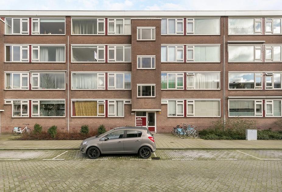 Plotinusstraat 38 in Rotterdam 3076 NS