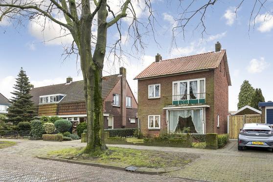Dorastraat 29 in Hengelo 7555 HS