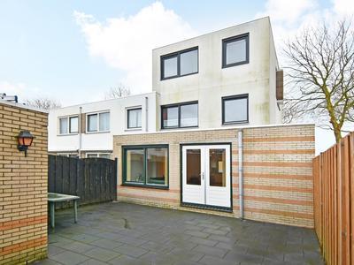 Groen-Blauwlaan 203 in Zoetermeer 2718 GS