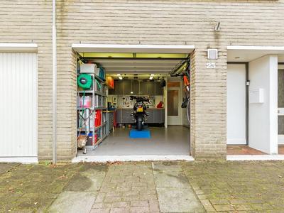 Pijpbloem 23 in Rotterdam 3068 AM