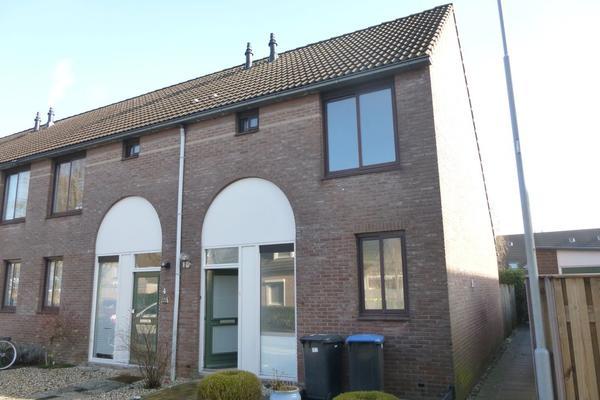 Kloppenland 2 in Kerkdriel 5331 RW