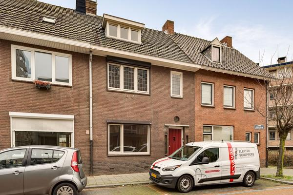 Koningin Regentesselaan 14 in Roermond 6043 CM