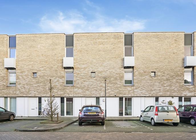 Jan Van Amstelstraat 77 in Vught 5262 CP