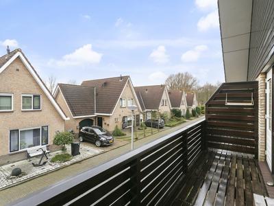 Piet Heynstraat 2 in Hellevoetsluis 3223 SG
