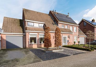 Korenbloemstraat 8 in Haps 5443 BV