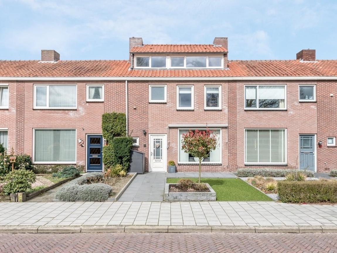 Dr. Schaepmanstraat 44 in Valkenswaard 5554 SM