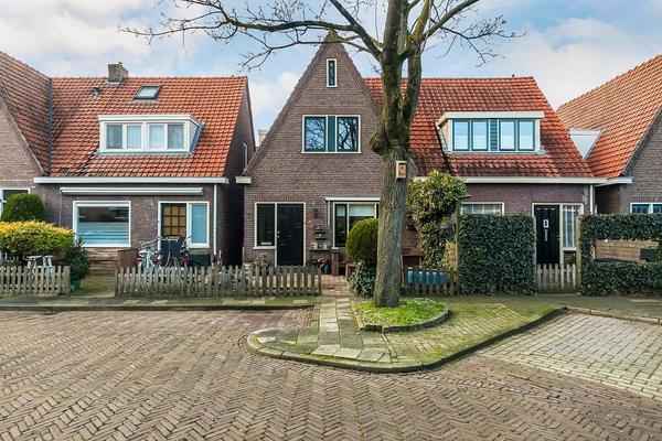 M A De Ruyterstraat 5 in Meppel 7942 VK