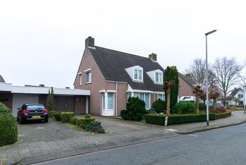Bruine Akkers 72 in Maarheeze 6026 DR