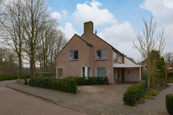Beekstraat 18 in Hattem 8051 NA