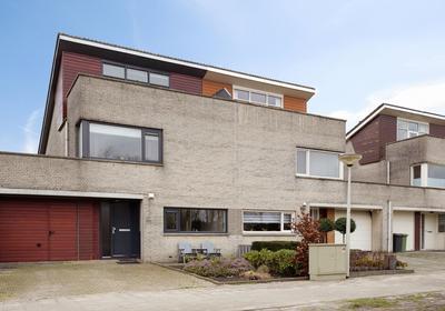 Aalscholver 40 in Bergen Op Zoom 4617 KA