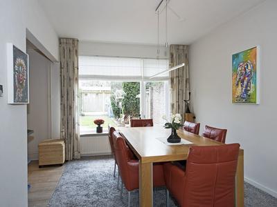 Wim Sonneveldstraat 66 in Hengelo 7558 LW