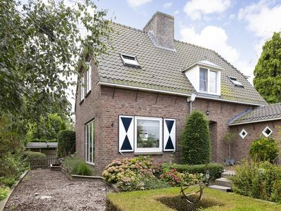 Kwadijk 76 in Kwadijk 1471 CD