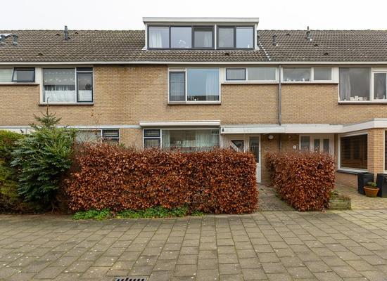 Volkerak 69 in Alphen Aan Den Rijn 2401 DH