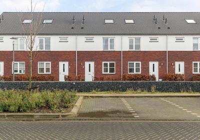 Canadasingel 54 in Zutphen 7207 RP