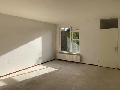 Zeelt 6 in Huizen 1275 AT