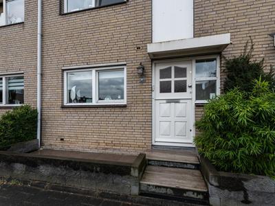 Voorn 27 in Ridderkerk 2986 JA