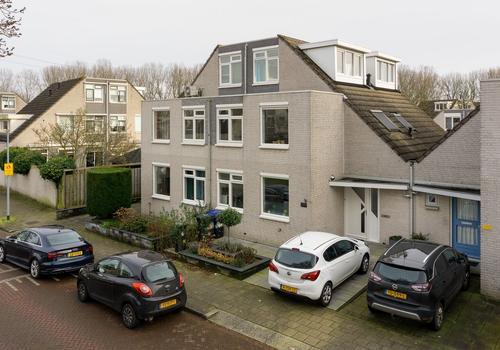 Johanna Naber-Erf 415 in Dordrecht 3315 HM