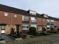 Zwaluwstraat 16 in Bleskensgraaf Ca 2971 BB