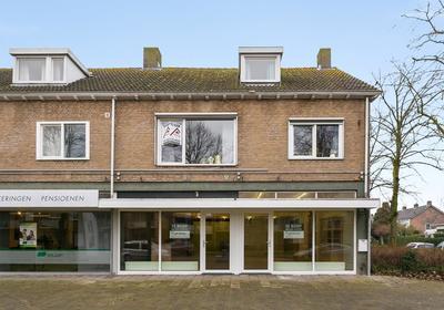 Burgemeester Elkhuizenlaan 41 /41A in Halsteren 4661 CH