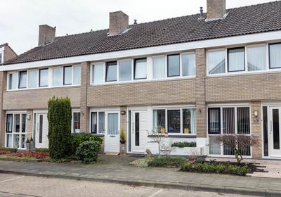 Rhijnvis Feithstraat 36 in Hengelo 7552 HV