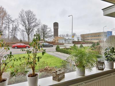 De Vos Van Steenwijklaan 52 in Hoogeveen 7902 NS